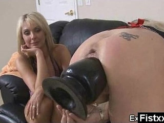 Wicked Fisting Lady Hard Penetrated | fistinglady