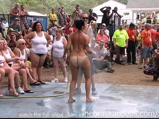 amateur nude contest at this years nudes a poppin festival in indiana | amateurcontestnudity