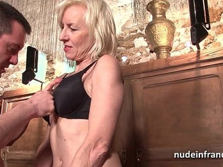 Sexy amateur french mature deep analized with cum mouth in a bar | cumfrenchmouthsexy
